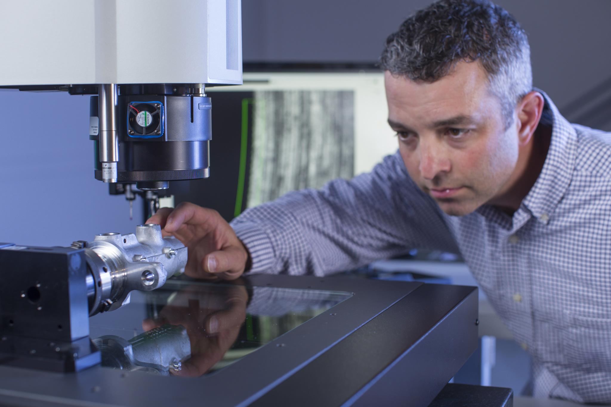 Optique, éclairage, capteurs de mesure et machines de mesure 3D Smartscope